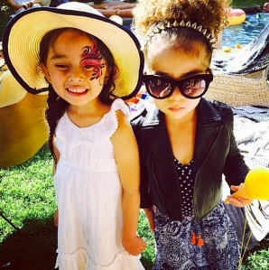 Miss Alaia Rose (on the right) definitely has style. Repost from instagram.com/monicarosestyle